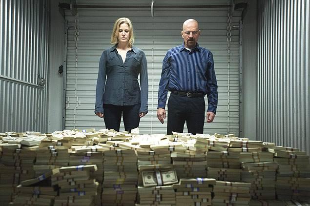 Anna Gunn e Bryan Cranston,  que intepretam o casal Skyler e Walter White, na série americana Breaking Bad