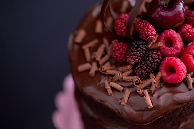 mini-naked-cake-de-chocolate-com-creme-de-nutella-bolo-pelado-ickfd-4