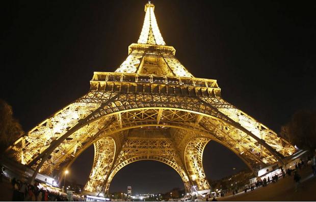 Casamento tardio e custo do divórcio podem explicar queda nas separações na França, país mais romântico do planeta